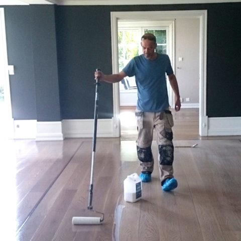 Profesjonell gulvsliper med over 20 års erfaring